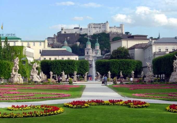 La fortezza Hohensalzburg, vista dai giardini Mirabell
