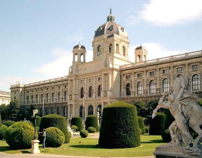 Vienna il museo di storia dell 39 arte for Adorno storia dell arte